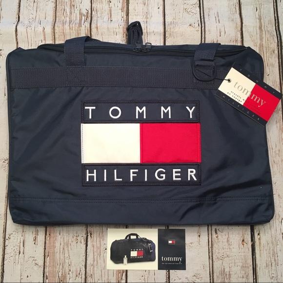 216f8e8c9e4b Tommy Hilfiger duffle bag